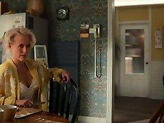 Gillian Anderson-Romp Education 1x03