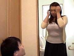 Playing With My Widow Stepmother... Yumi Kazama