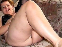 Granny stunning legs (2)