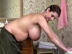 Natural tits pregnant sex with jizz flow