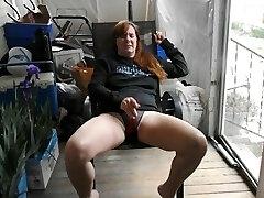 'im masturbating'