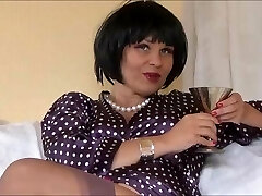 Sexy Glamour Queen Veronica teasing in nylons
