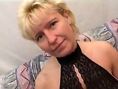 German Mature Gets Fisted And Nailed