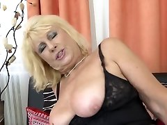 Gorgeous elder mom seduce young horny son-in-law