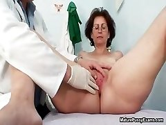 Granny gets her freshly clean-shaved pussy part3