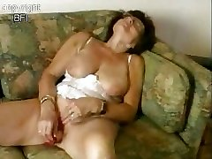 Sweet granny fapping