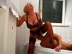 Nymph Barbara Golden Douche