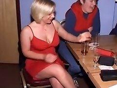 Didžiosios britanijos Moterų CFNM Striptizo Grupė-Part1