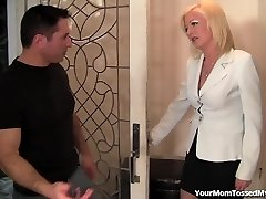 Hot Mom Is Mischievous And Well-prepped For Cock!