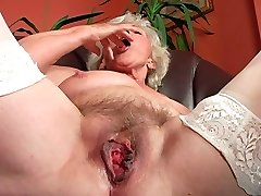 Ugly wrinkled and too old mega-bitch goes solo to please her raw mature cunt