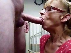 Močiutė alkanas Cum