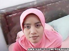 Arabų mėgėjų žmona namų blowjob ir šūdas su veido