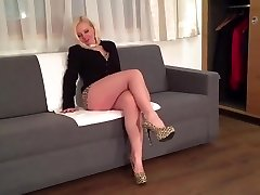 Blonde sexy leg mature milf mommy in high stilettos