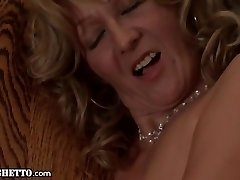 Granny gets Buttfucked and gives Ass Job