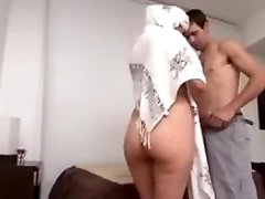 Hot Arab Milf Big Ass poked hard by Euro stud
