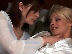 küps lesbi teha kuuma blond