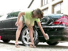 Milena Velba automobilių plovykla