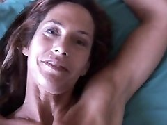 Slim older babe enjoys a hard man sausage in her cock-squeezing asshole