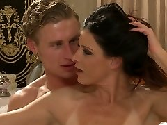 Sexy mommy with natural bod India Summer gets all holes porked