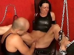 Knuckle fucking a pearly mature pussy