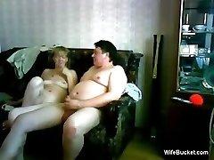 vidutinė žmona duoda, juokinga blowjob