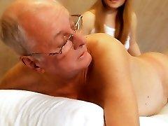 70-aastaste eakate fucks magus teismeline tüdruk massaaž