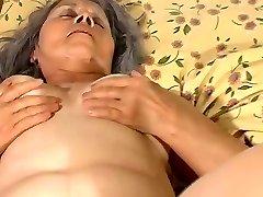 Sena močiutė šūdas su nėščia lesbiečių mergytė