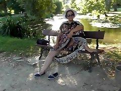 Plaukuota Brandaus skaidrus suknelė (3 dalis)