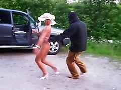 German mommy nude in public