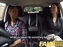 Võltsitud autokooli busty must tüdruk ei suuda test lesbi eksamineerija