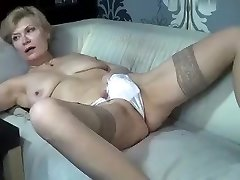 kinky_momy secret flick 07/02/15 on 11:college-aged from MyFreecams