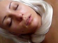 Seksualus sesuo bando pirmą kartą SnapWhores.Com