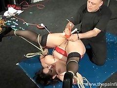Orjastatud milfs kuum tuss vahatamine ja äärmuslik bbw bdsm amatöör slavegirl