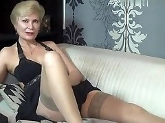 kinky_momy intimate video on 07/06/15 15:53 from MyFreecams
