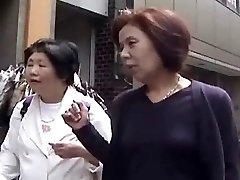 Chinese Grandmas #15