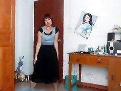 chinese old doll dancing