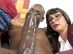 Casey Cumz Sees Her Mom Gets Creampied By A Bbc