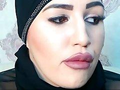 Doofy Pervert in Live Intercourse Chat with SelmaAzmani XD