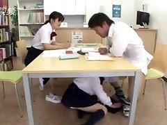 xxx... fuck mergina japonijos biblioteka, pagal lentelės