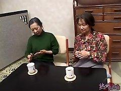 jaapani küps lesbi 1