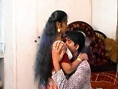super-sexy expressions from erotic mallu aunty