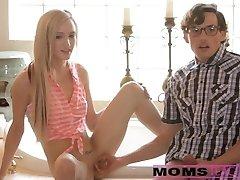 Mama ir sūnus tag team paauglių hottie