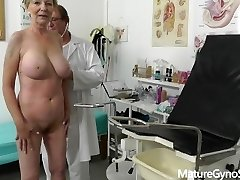 fake doctor salaja records gyno eksam stiilne vanaema big tits