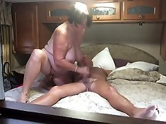 Grandma gives a great blowjob and handjob