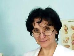 Grandma at the Doctors