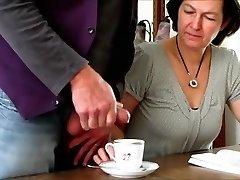 hull amatöör videoklipp koos brünett, vanaemad stseene