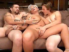 Blond ema on threesome
