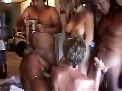 Brandus Svingerių Orgija Floridoje