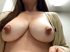 mommas nips are awesome