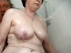 Jaw-dropping granny bathing